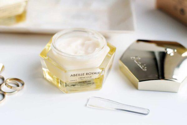 GUERLAIN เกอแลงค์ เดย์ครีม Abeille Royale Rich Day Cream (50ml (1)